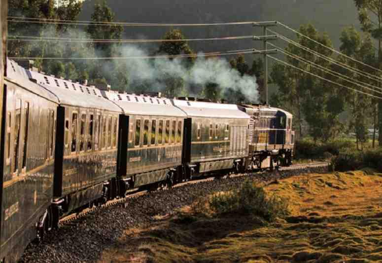 luxury train travel in peru