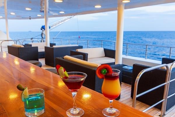 Luxury Galapagos Cruise - Bar