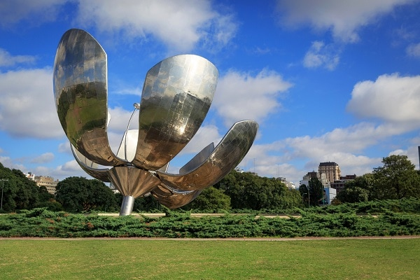 Floralis Generica, Sculpture Buenos Aires