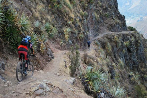 Single Track - Maras to Sacred Valley