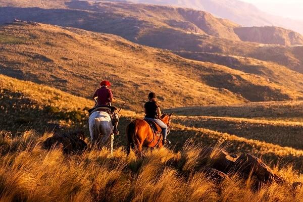 Estancia Los Potreros - Horseback Riding