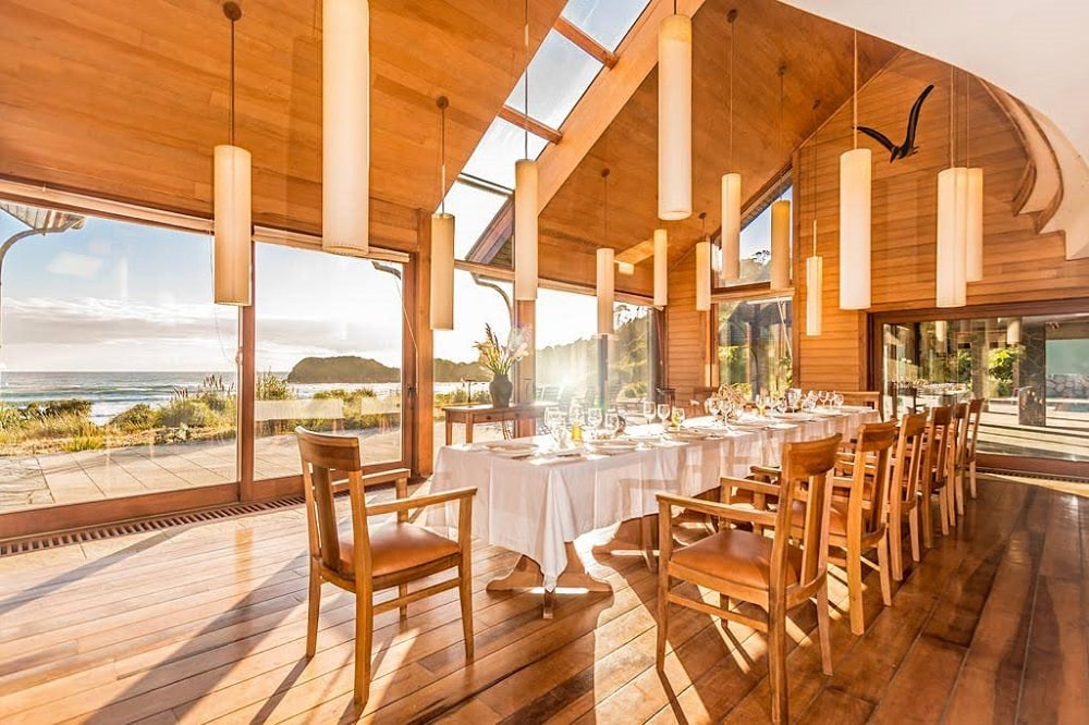 Dining room with view over sea