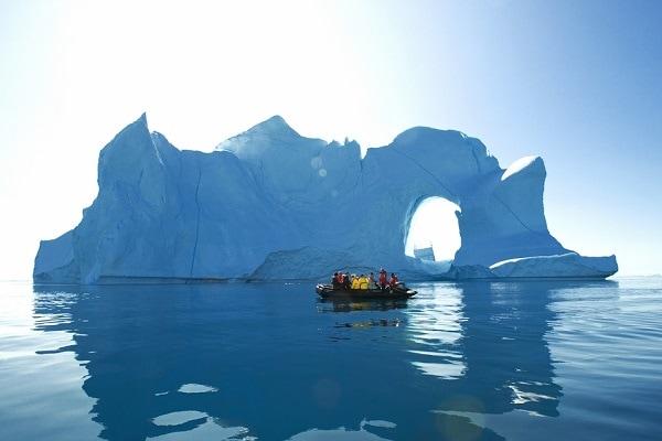 Iceberg Zodiac Ride