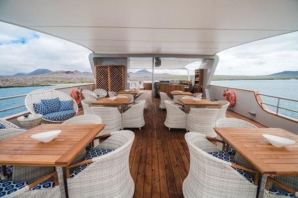 Luxury Cruise Origin Yacht - Deck