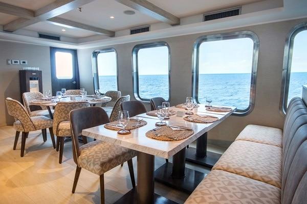 Luxury Cruise Origin Yacht - Dining Room