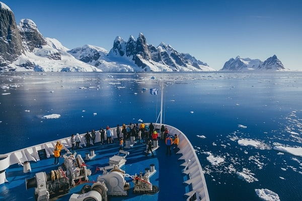 Short Antarctic Cruise - Beautiful Vistas