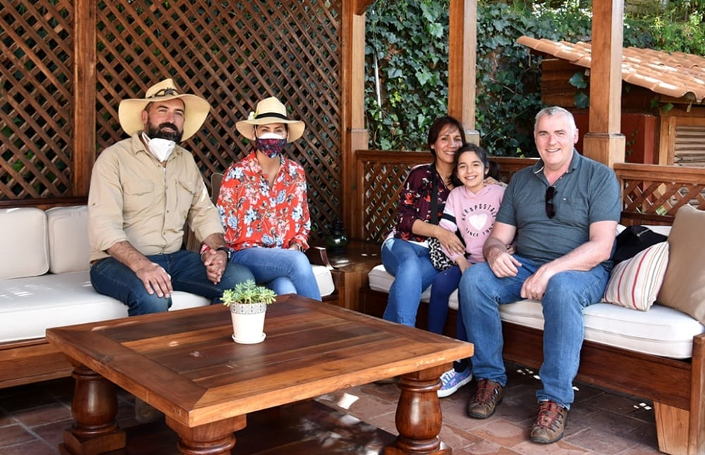 Family photo with owners of Hacienda Sarapampa